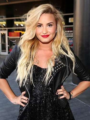 Sexy Demi Lovato 10 Interesting Demi Lovato Facts