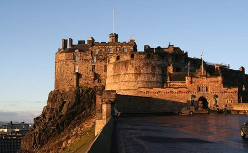 Edinburgh castle Scotland 10 Interesting Edinburgh Castle Facts