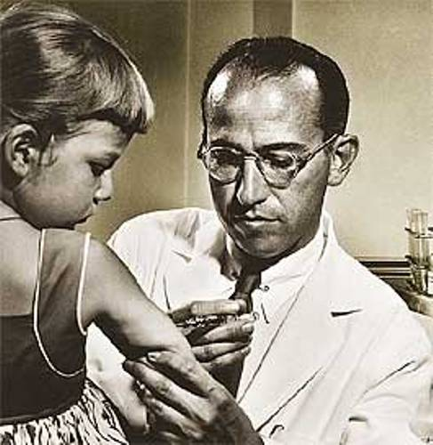 dr jonas salk polio vaccine Dr jonas salk administers a trial polio vaccine to david rosenbloom of pittsburgh in 1954 (national foundation march of dimes/associated press).