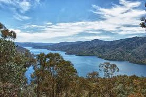 Lake Eildon View