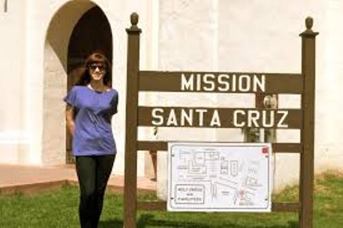 Mission Santa Cruz Visitor