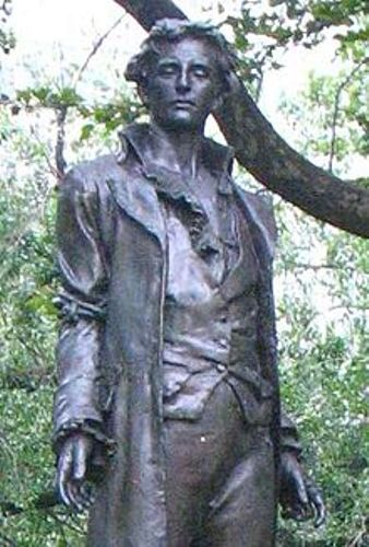 Nathan Hale Statue