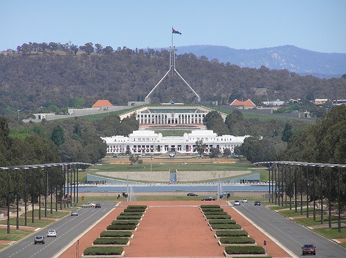 the parliament house canberra images