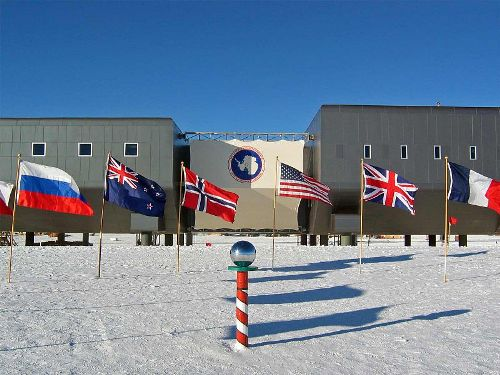 facts about south pole