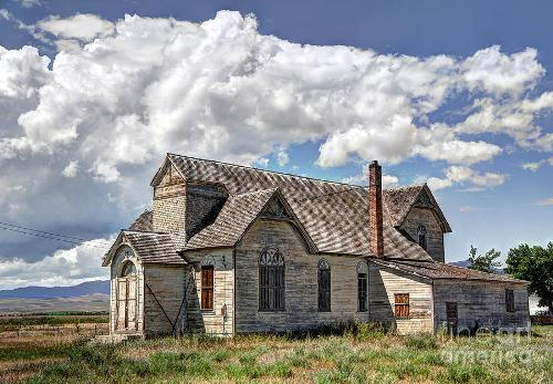 old schoolhouse at idaho