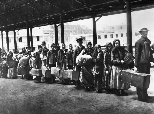 Ellis Island an Immigrants