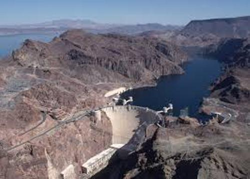 Hoover Dam Fact