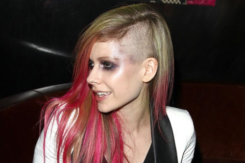 Avril Lavigne Hair cut