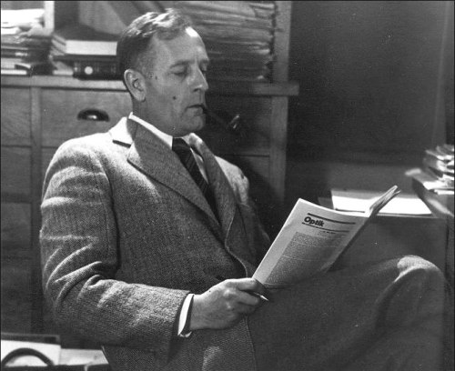 Edwin Hubble Reads