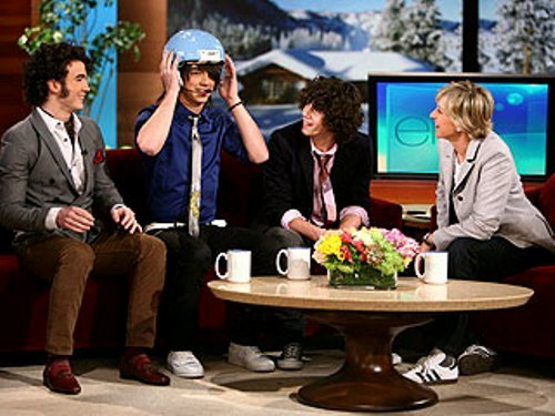 Ellen Degeneres and Jonas Brothers