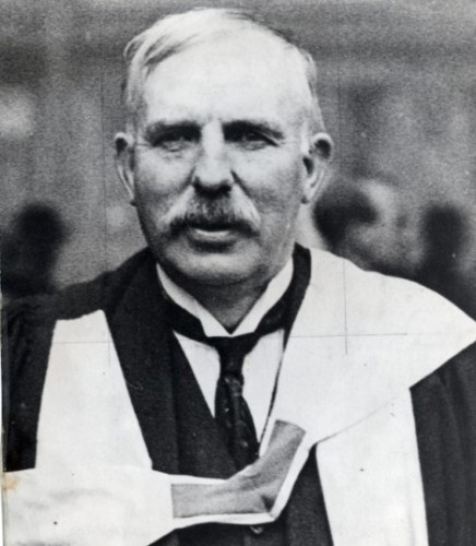 Ernest Rutherford image