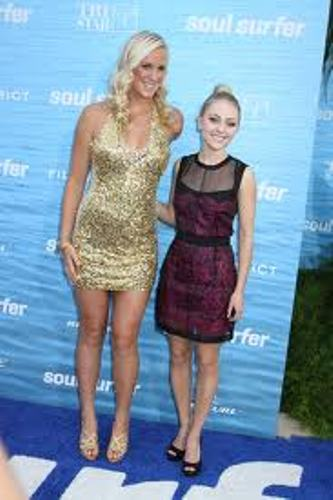 Bethany Hamilton facts