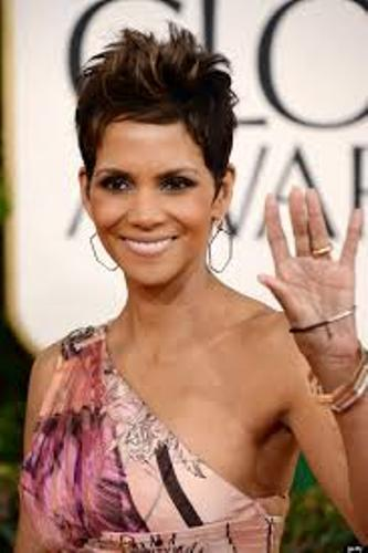 Halle Berry Gown