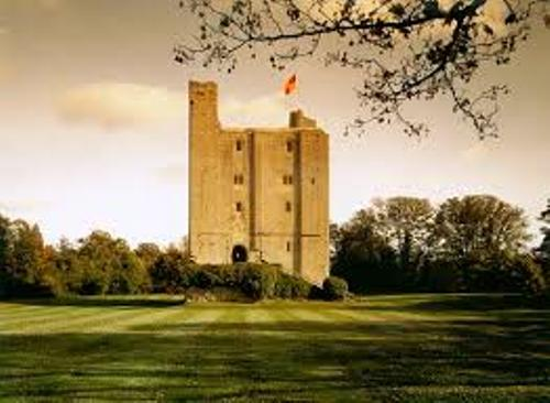 Hedingham Castle facts