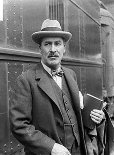 Howard Carter Young