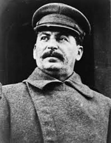 How stalin became the leader of the soviet history essay