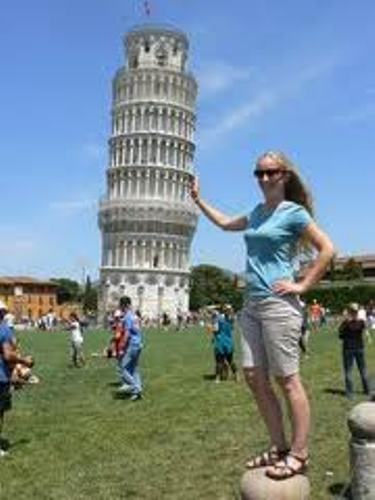 Leaning Tower of Pisa Pic