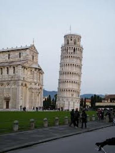 Leaning Tower of Pisa Tourists