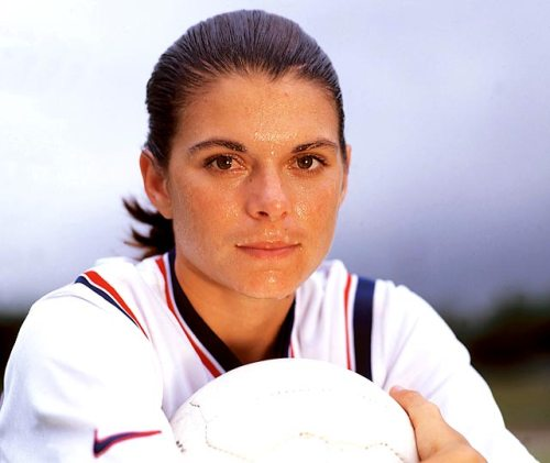 mia hamm childhood facts
