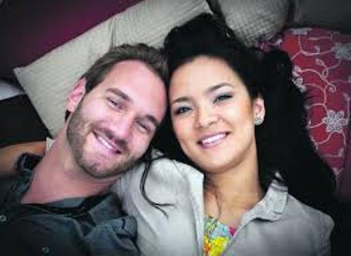 Nick Vujicic  and Wife