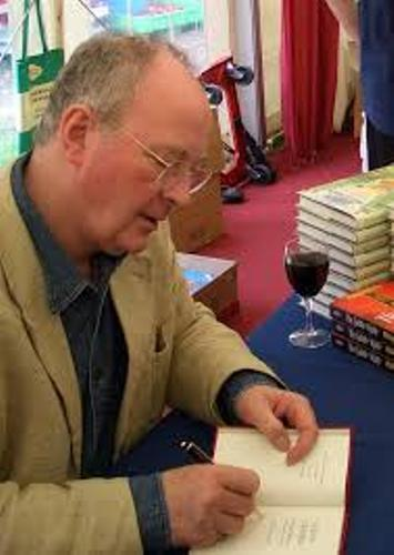 Philip Pullman Signs