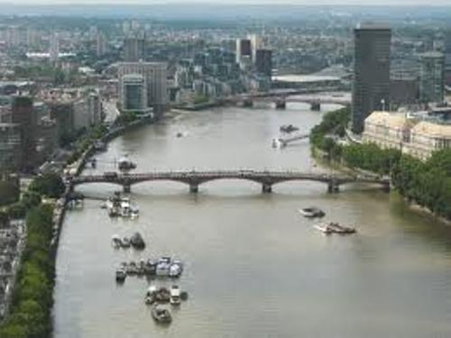 River Thames Facts