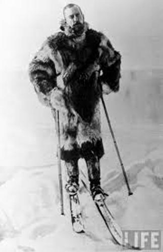 Facts about Roald Amundsen