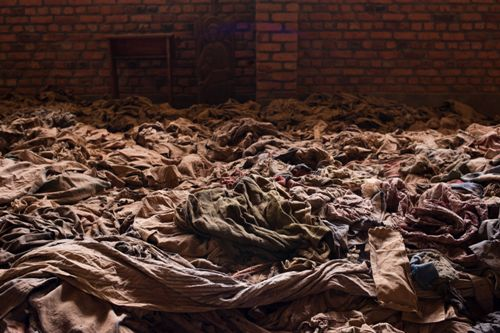 genocide in rwanda essays Rwanda genocide extracts from this rwanda essay who should be blamed for the genocide that happened in rwanda a dear number of 800 thousand people were killed.