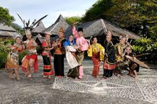 the exotic ethnic culture of sarawak Culture and economy the kenyah people, traditionally being swidden agriculturalists and living in long houses (uma dado') sarawak ethnic groups.