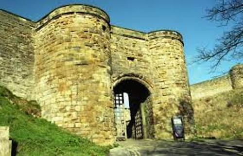 Scarborough Castle Picture