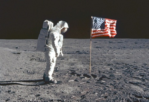 10 Interesting the First Moon Landing Facts - My ...