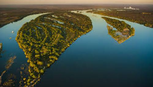 the zambezi river facts